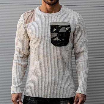 Пуловер с камуфлажен джоб в бежаво 10412