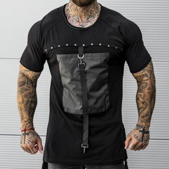 Тениска с джоб в черно 33427